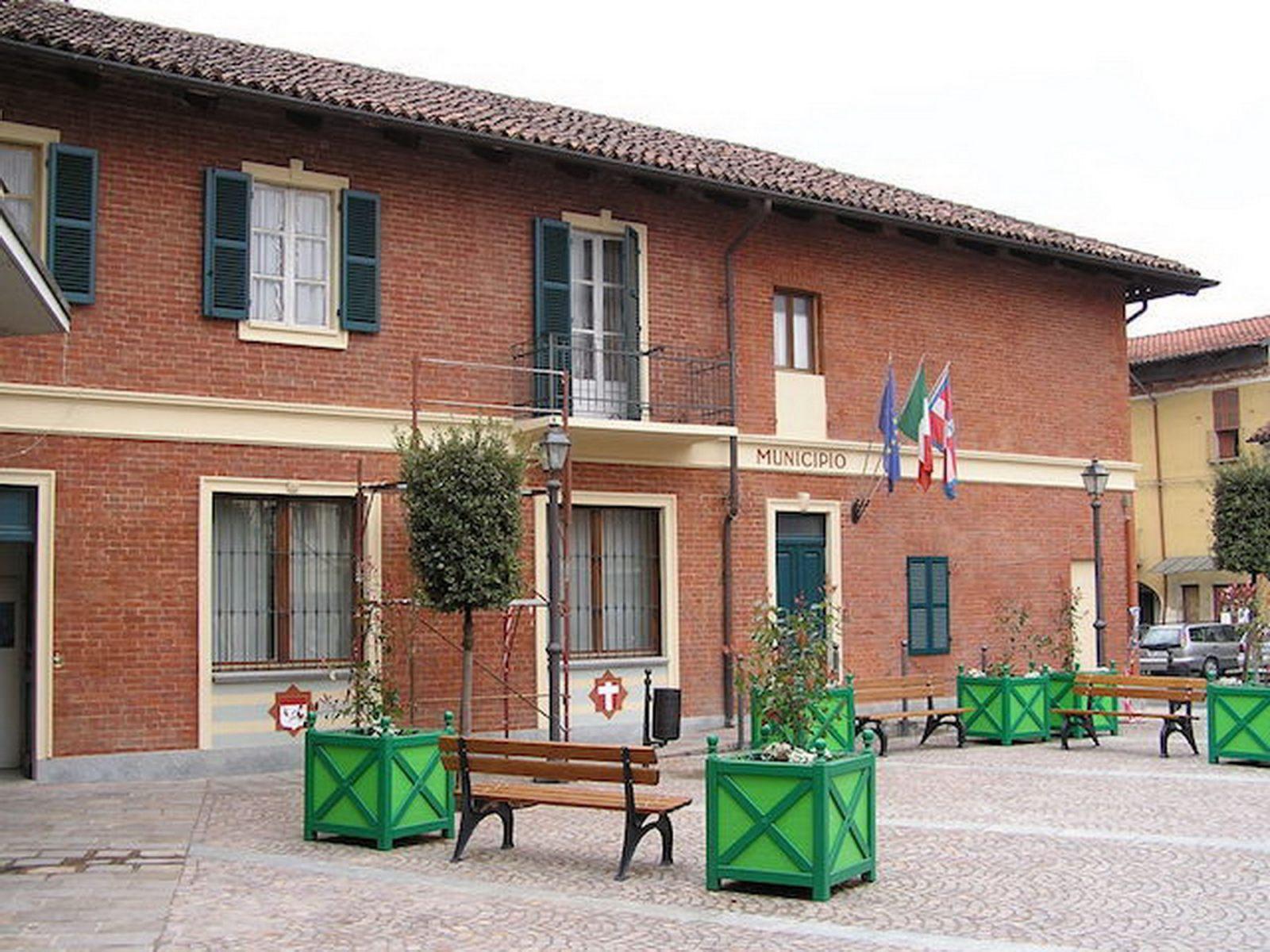 p3-12piazza-montafia02