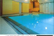 Una piscina invisibile dall'esterno in LA PISCINA